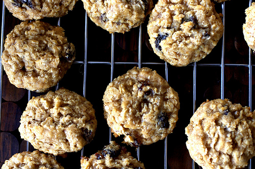 Super-Size Oatmeal & Raisin Cookies