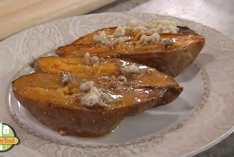 Sweet Potatoes With Applesauce Nut Topping