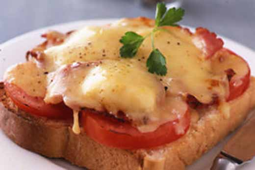 Tomato-Bacon Rarebit