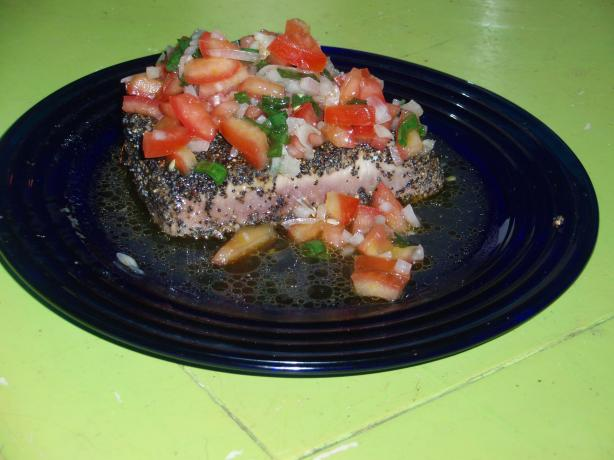 Tuna Mignon With Tomato Sherry Vinaigrette