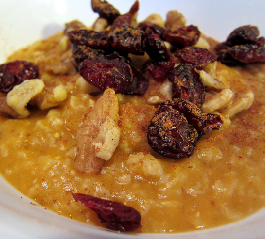 Vegan Pumpkin Maple Oatmeal