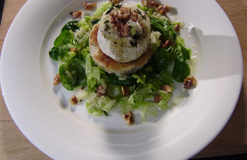 Warm Apple and Goat Cheese Salad